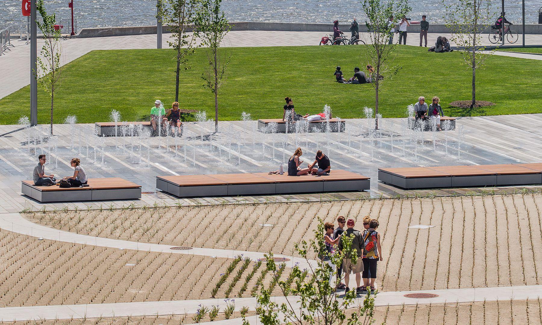 Place des canotiers mobilier urbain daoust lestage for Mobilier quebec